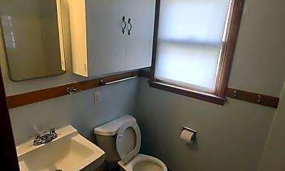 Bathroom, 1609 N Eisenhower Dr, 1