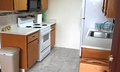 Kitchen, 305 Woodcrest Way, 0
