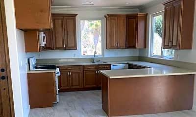 Kitchen, 840 North Pennsylvania Lane, 2
