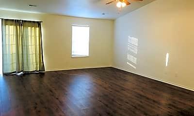 Living Room, 21087 Honest Ln, 1