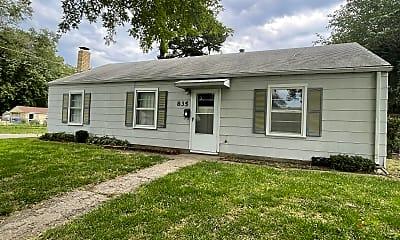 Building, 835 N Garfield St, 0