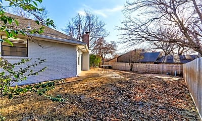 Building, 3413 Choctaw Dr, 2