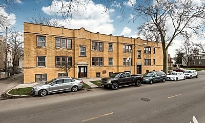 Building, 703 N Hamlin Ave 2, 1