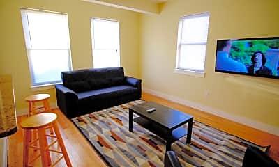 Living Room, 418 N 40th St, 1