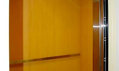 Bathroom, 4645 SE 11th Pl 302 304, 2