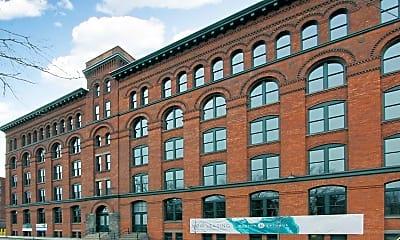 Building, Hudson Arthaus, 1