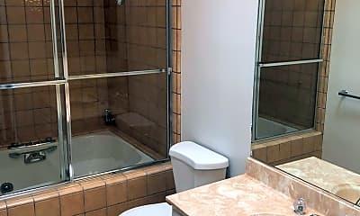 Bathroom, 1320 California St, 2