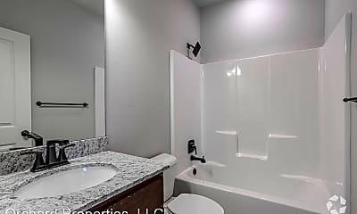 Bathroom, 469 Blue Spruce Ave, 2