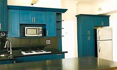 Kitchen, 7149 Bay Dr, 1