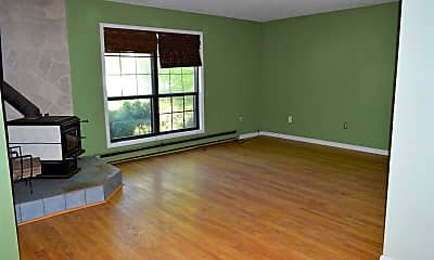 Living Room, 31006 Pinewood Dr, 1