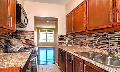 Kitchen, 152A Saratoga Ave, 1