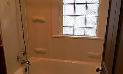Bathroom, 305 Marguerite Ave, 2