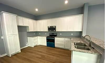 Kitchen, 204 Pecan Hollow St 204, 1