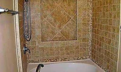 Bathroom, 513 N Hyer Ave, 2