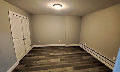 Bedroom, 372 Forrest St, 2