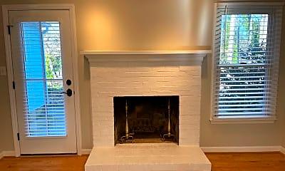 Living Room, 8444 Knollbrook Dr, 2