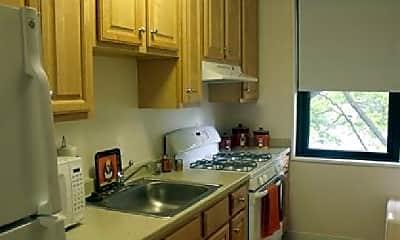 Kitchen, 950 Canterbury St, 2