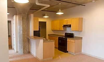 Kitchen, Crescent Loft Apartments, 0