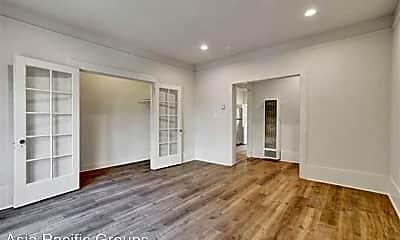 Living Room, 627 41st St, 0