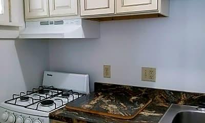 Kitchen, 205 Mentor Ave, 2