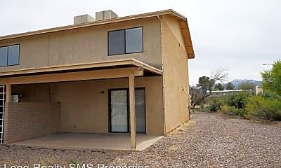 Building, 4221 Plaza Oro Loma, 2