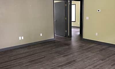 Living Room, 839 E Park Ave, 2