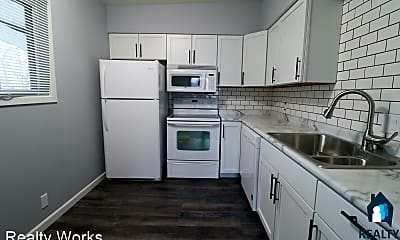Kitchen, 526 S 25th St, 1