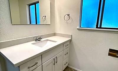 Bathroom, 1033 SW 148th St, 2