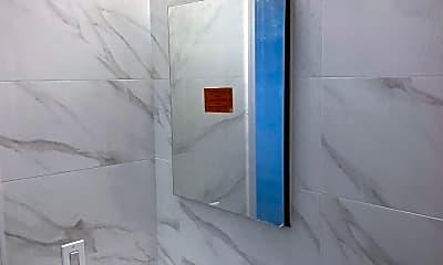 Bathroom, 11 Mott St, 2