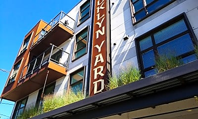 Brooklyn Yard, 0