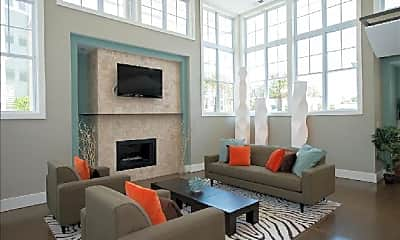 Living Room, 5305 Bleecker St, 1