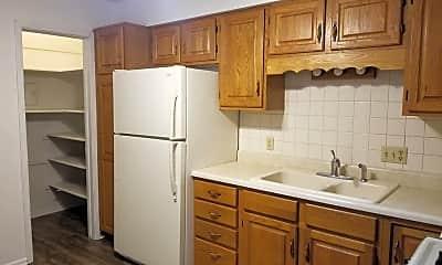 Kitchen, 604 E 3rd St S, 2