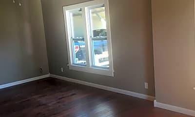Living Room, 1411 Richardson St, 2