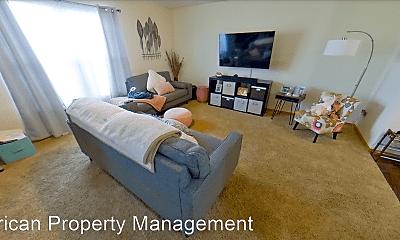 Living Room, 2700 Buttonwood Dr, 0
