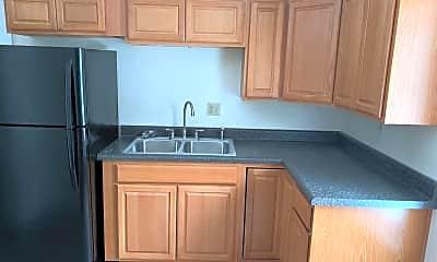Kitchen, 277 Warren St A, 1