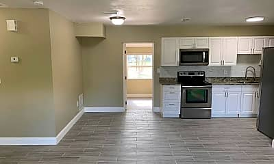 Kitchen, 1396 Whitewood Dr, 1