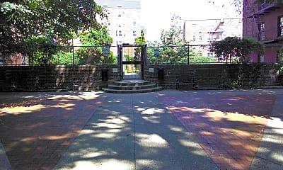 Briarwoood gardens, 2