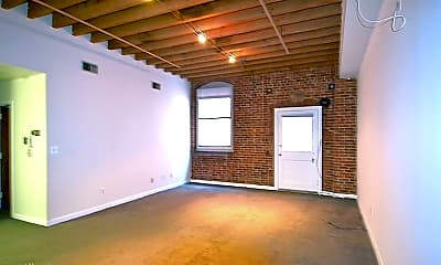 Bedroom, 225 Arch St, 2