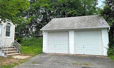 Building, 154 NY-303, 2