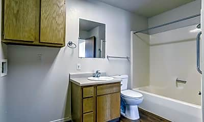 Bathroom, Chapel Ridge of Shawnee, 2