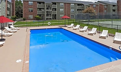Pool, Beverly Place, 0