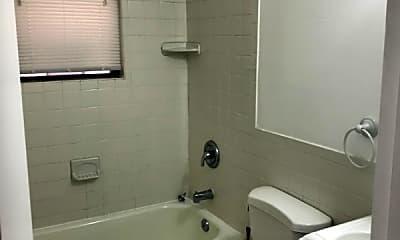 Bathroom, 1420 Chapin St NW, 2