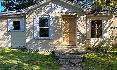 Building, 301 Edwards St, 1