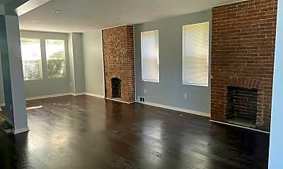 Living Room, 2416 Saranac Ave, 1