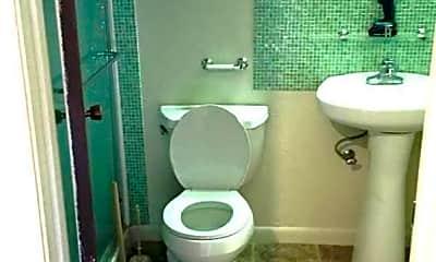 Bathroom, 2900 Pole Line Rd, 2