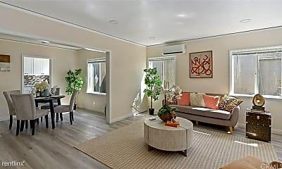 Living Room, 5718 Linden Ave, 0