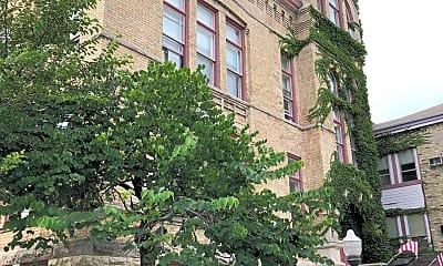 Lincoln School, 2
