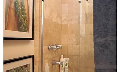 Bathroom, 1021 5th St, 2