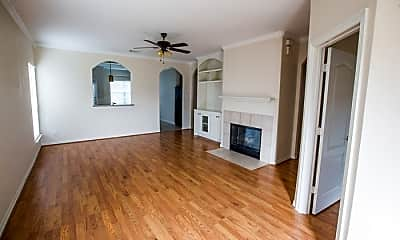 Living Room, 2312 Jefferson Crossing Dr, 1