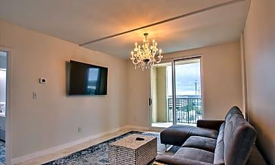 Living Room, 300 S Duval St 2006, 1